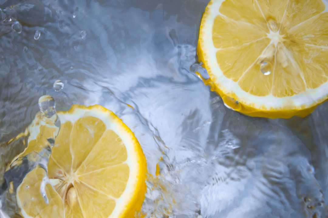 Fresh ice water with lemons.